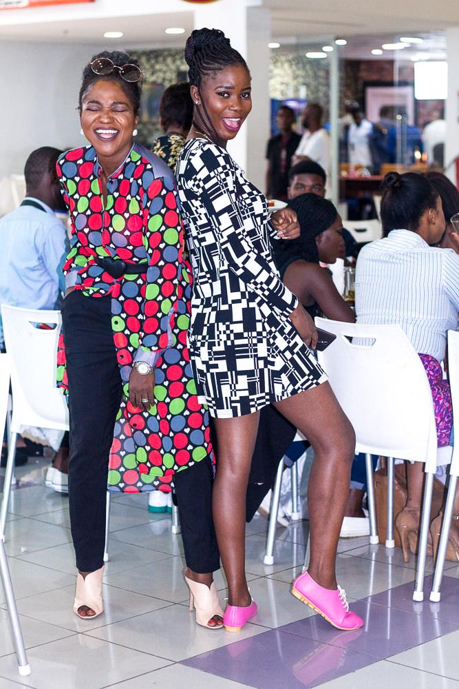 HAPPY NIGERIAN BLOGGERS