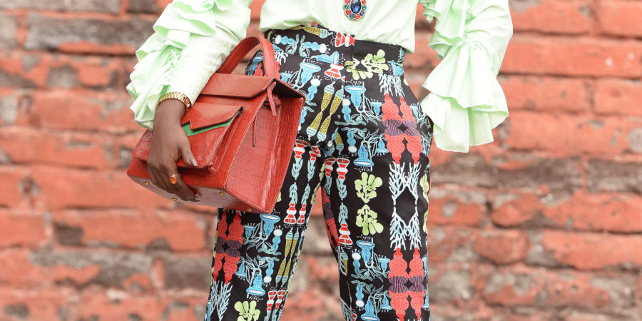 what to wear to work ,personal work style,alternative work style ,work outfit,ruffled shirt ,printed pant ,zashadu bag